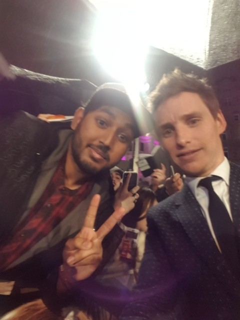 Eddie Redmayne with fans Fantastic Beasts and where to find them london premiere