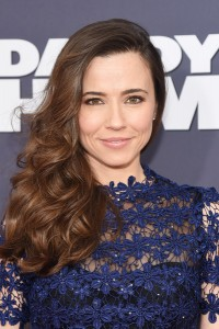 Linda Cardellini attends the New York premiere of Daddy's Home on December 13, 2015.