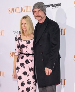 Naomi Watts and Liec Schreiber attend the New York City premiere of Spotlight held at the Ziegfeld Theatre on October 27, 2015.