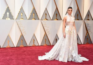 Hailee Steinfeld 89th Academy Awards The Oscars 2017 Red Carpet Arrivals