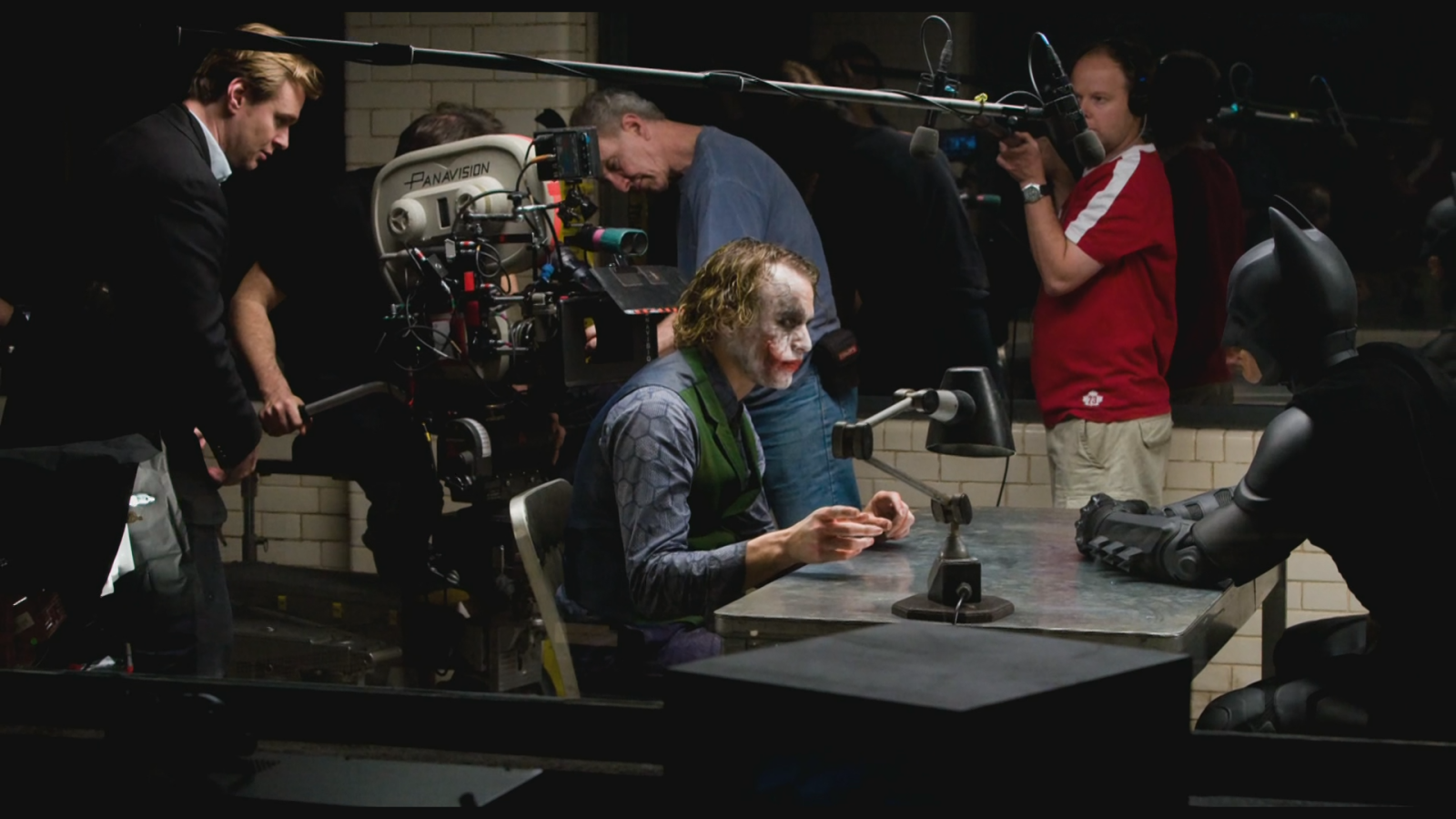 dark knight behind the scenes film on set joker christopher nolan