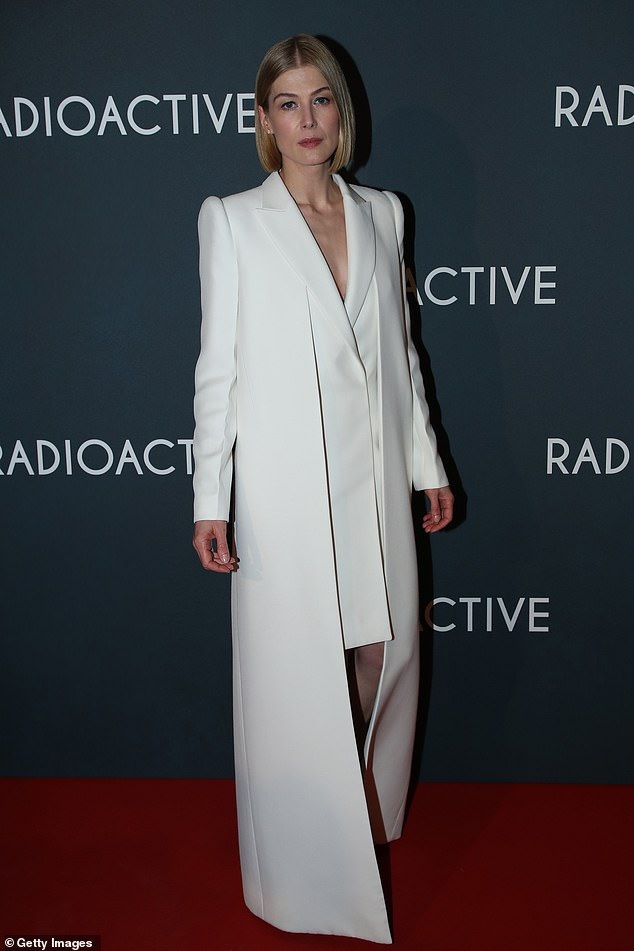Rosamund Pike Radioactive Paris Premiere