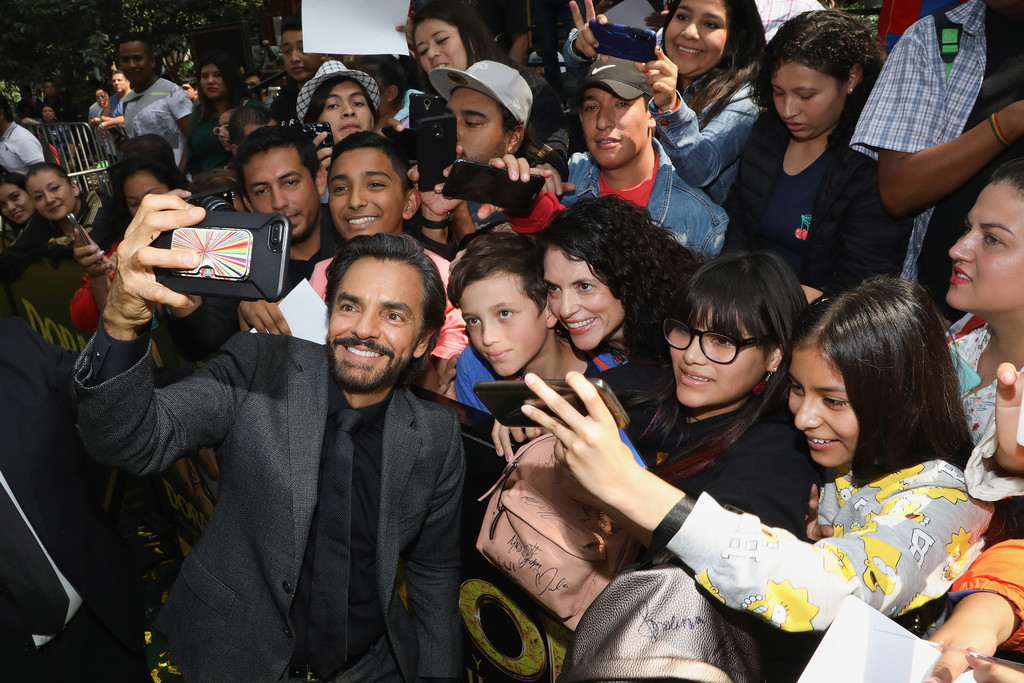 Eugenio Derbez and fans Dora and the Lost City of Gold Mexico Premiere