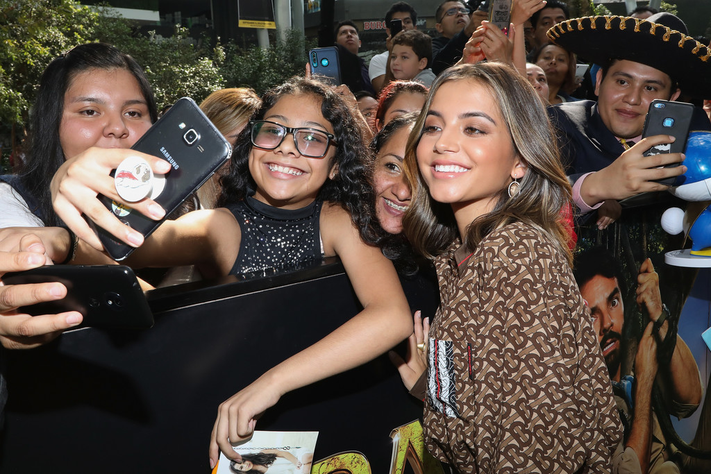 Isabela Moner greets fans Dora and the Lost City of Gold Mexico Premiere