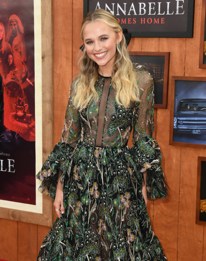 Madison Iseman Annabelle Comes Home Los Angeles Premiere