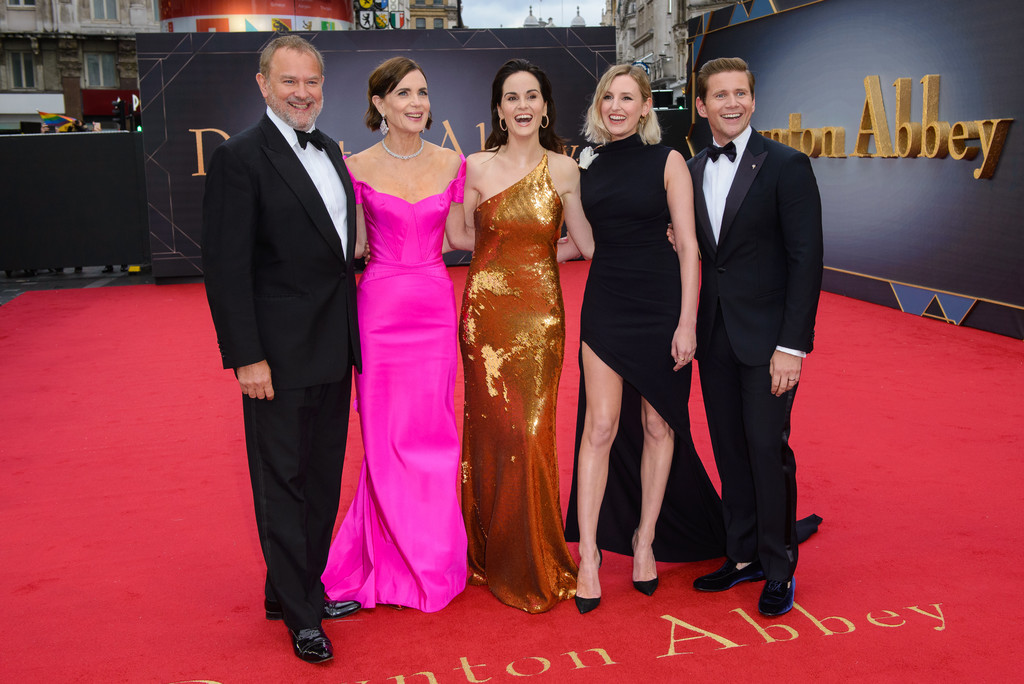 Hugh Bonneville, Elizabeth McGovern, Michelle Dockery, Laura Carmicheal and Allen Leech Downton Abbey World Premiere London