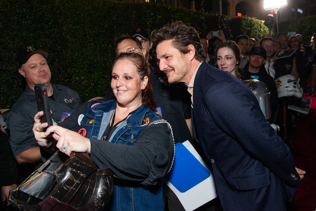 Pedro Pascal greets fans The Mandalorian Disney+ World Premiere Hollywood Los Angeles