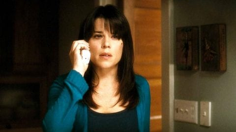 Neve Campbell teases her return for 'Scream 5'!